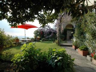 Appartamento Fiesole View - Barberino Di Mugello vacation rentals