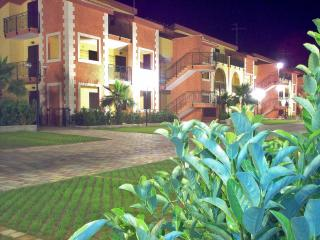 Cozy 1 bedroom Villapiana Apartment with A/C - Villapiana vacation rentals