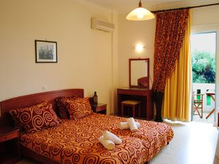 Beautiful Studio with Internet Access and A/C - Agii Apostoli vacation rentals