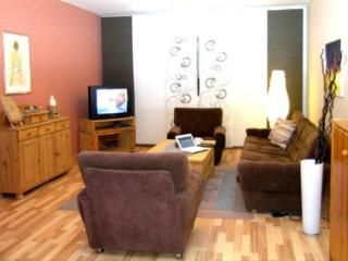 LLAG Luxury Vacation Apartment in Schmelz - 1055 sqft, central, ideal - Schmelz vacation rentals