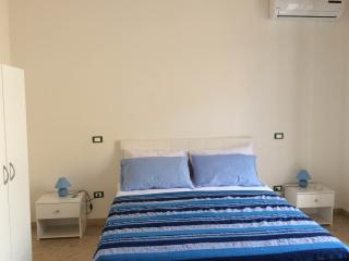 le camere a 200 metri dal mare 4 posti letto - Porticello vacation rentals