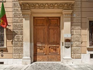 The Remo Apartment - Rome vacation rentals