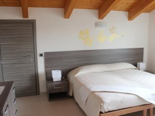 B&b in Langhe site - Nord room - Verduno vacation rentals