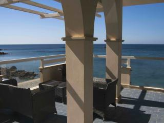 Cyane seafront in Villa Amateia last minute agosto - Fanusa vacation rentals