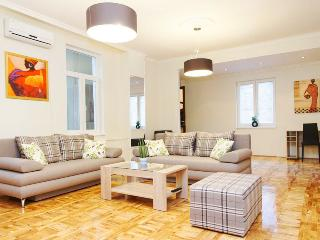 3 Bedroom HUGE CENTRAL SQUARE FLAT for 7 people ! - Belgrade vacation rentals