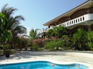 Laguna Chica Beach Home 1 Bdrm - 2nd floor aptmt - Puerto Escondido vacation rentals