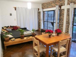 Comfortable House with Internet Access and Outdoor Dining Area - Tepoztlan vacation rentals