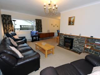 Peaceful Cottage, Large Garden, Walk to Beach - Saundersfoot vacation rentals