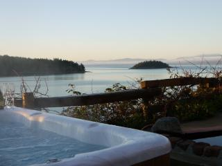 Romantic 1 bedroom Bed and Breakfast in Sechelt - Sechelt vacation rentals