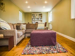 OOLITIC SPRINGS, romantic, country holiday cottage in Dundry, Ref 5115 - Dundry vacation rentals
