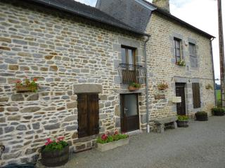 renovated country farmhouse in Brittany - Antrain vacation rentals