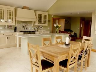 Caitlin's Cottage Crossmaglen Co. Armagh - Crossmaglen vacation rentals