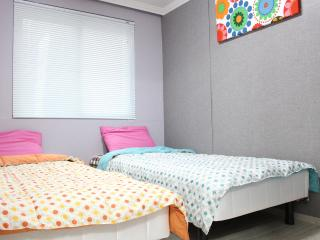 Hongdae area@[2rooms+1Bathrooms] - Seoul vacation rentals