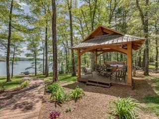 Aquaholic on Lake Blue Ridge - Ellijay vacation rentals