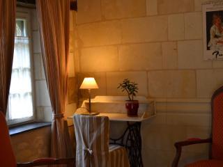 Cozy 1 bedroom Brion B&B with Internet Access - Brion vacation rentals
