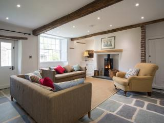 Nice Farmhouse Barn with Internet Access and Television - Thornthwaite vacation rentals