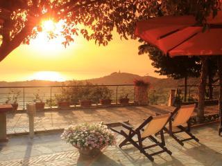 casa vacanze villa Don Michele Cilento - Ogliastro Cilento vacation rentals