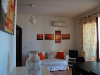 Cozy 2 bedroom Condo in Castelsardo - Castelsardo vacation rentals