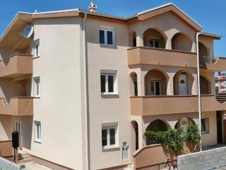Villa Dobra Holiday Resort (apts. with 2 bedrooms) - Vir vacation rentals