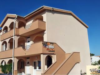 Villa Dobra Holiday Resort (apts. with 2 bedrooms) - Vir vacation rentals