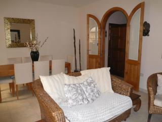 Gorgeous Flat, Excellent Location, Fondatore Court - Msida vacation rentals