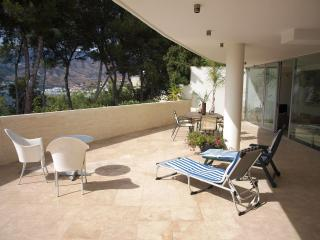Lovely Condo with Internet Access and A/C - La Herradura vacation rentals