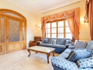 Charming Villa with Internet Access and Dishwasher - Costa d'en Blanes vacation rentals
