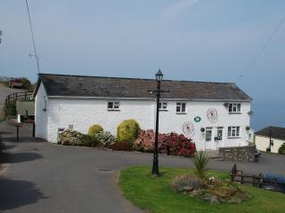 No 1 Gilfach Bronze Semi-Detached Bungalow - Aberaeron vacation rentals
