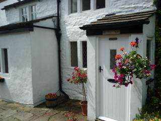 Rose Cottage, fabulous location,great views. - Ilkley vacation rentals