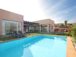 Par 4 Villa 13 - Grand Canary vacation rentals