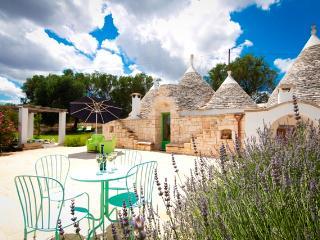 Trulli Giardino di Fiore - Ceglie Messapica vacation rentals