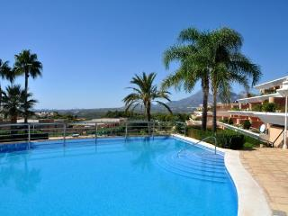 Apartment building with two pools and lifeguard. - Altea vacation rentals