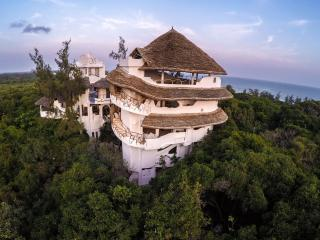 Beautiful House with Deck and Internet Access - Watamu vacation rentals