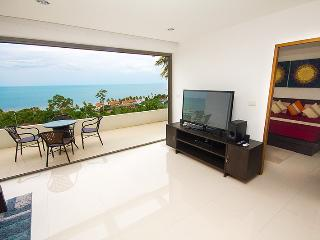 Executive 2 bedroom with sea view and bath jacuzzi - Lamai Beach vacation rentals