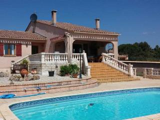 Tourbes, villa holidays France with private pool - Tourbes vacation rentals