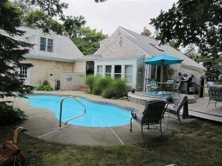 5 bedroom Cottage with Deck in West Yarmouth - West Yarmouth vacation rentals