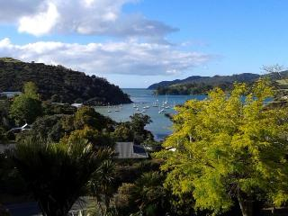 Over the Bay Mangonui - Coopers Beach vacation rentals