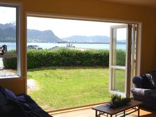The Cove Beachfront - Northland vacation rentals