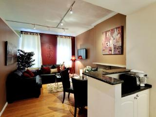 Roosevelt 3BR/1BR for 8 - UES - near Bloomingdales - New York City vacation rentals