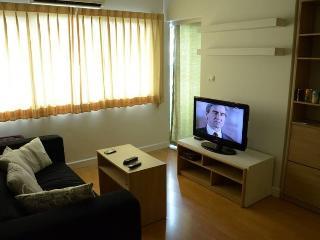 Free FAST WiFi/1 BDRM/ 5 Min.Walk to BTS/ Shopping - Bangkok vacation rentals