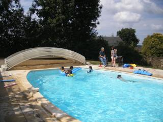 La Redondie, beautiful, tranquil French farmhouse - Albi vacation rentals