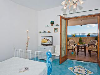 apt  at 200mt from the sea - wifi - parking - Praiano vacation rentals