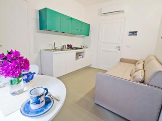 Romantic 1 bedroom Santa Maria di Castellabate Condo with Internet Access - Santa Maria di Castellabate vacation rentals
