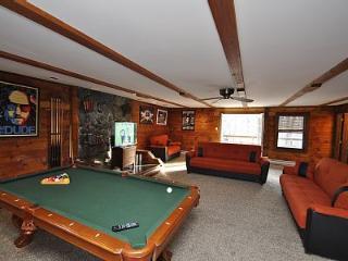 Grand Summit Lodge - Tannersville vacation rentals