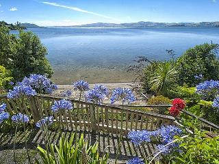 Piece of Paradise - Rotorua vacation rentals