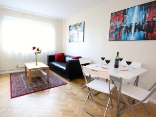 Seven Minutes to London Bridge - London vacation rentals