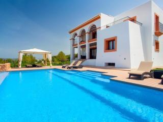 4 bedroom Villa in Benimussa, Ibiza, Ibiza : ref 2246707 - Ses-Paisses vacation rentals