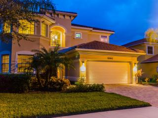 Close to everything in NAPLES, FL. POOL HOME with Pond view - Naples vacation rentals