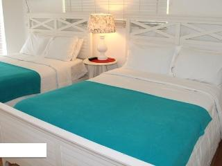 S. Beach Apt: Pool-Jacuzzi-BBQ Walk to Everything! - Miami Beach vacation rentals