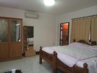 Chiang Mai ensuite room R, ADUR, Near pool / golf - Hang Dong vacation rentals